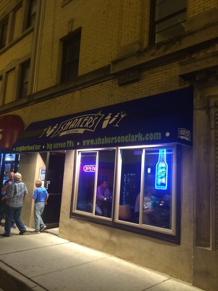 Chicago piano gay bar